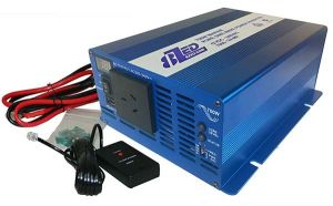 Marine Inverter with remote 700 watts 12 volts 8ZED